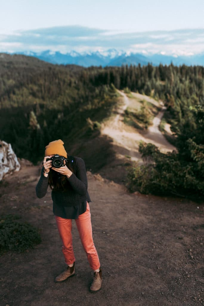 Gabi at Hurricane Ridge in Olympic National Park. Adventure Elopement and Wedding photographer.