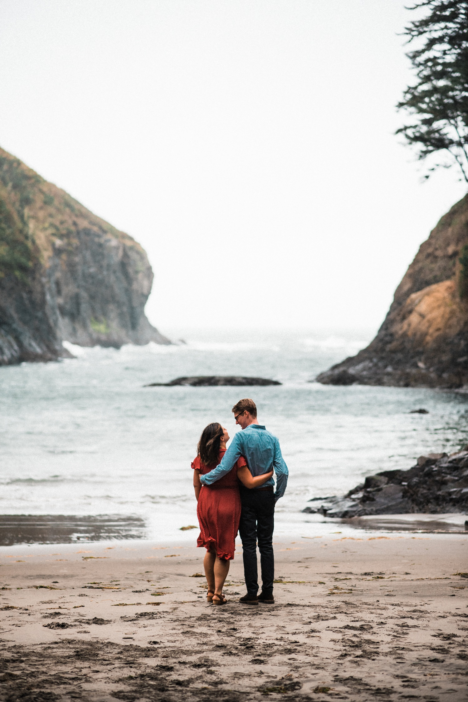 Cape_Disappointment_Engagment_Kailey_Alex_The_Foxes_Photography_040.jpg