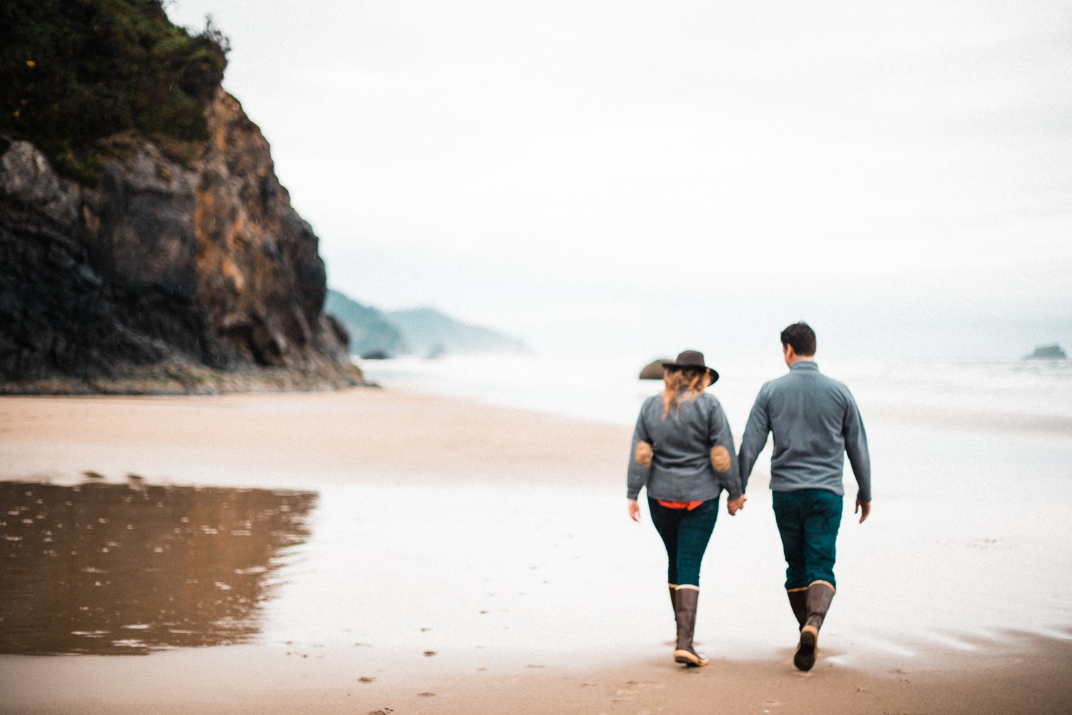 Hug_Point_Engagement_Oregon_Coast_The_Foxes_Photography_014.jpg