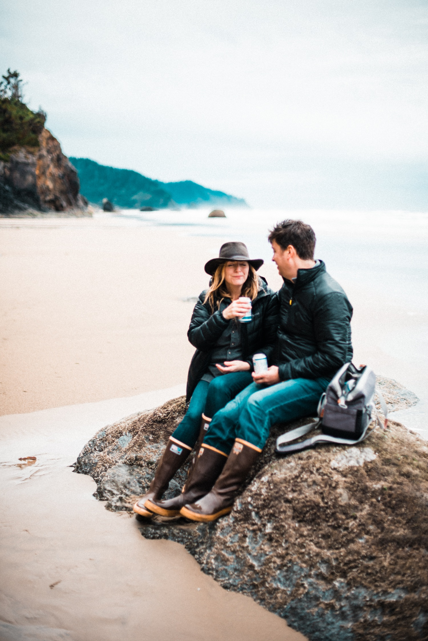 Hug_Point_Engagement_Oregon_Coast_The_Foxes_Photography_026.jpg
