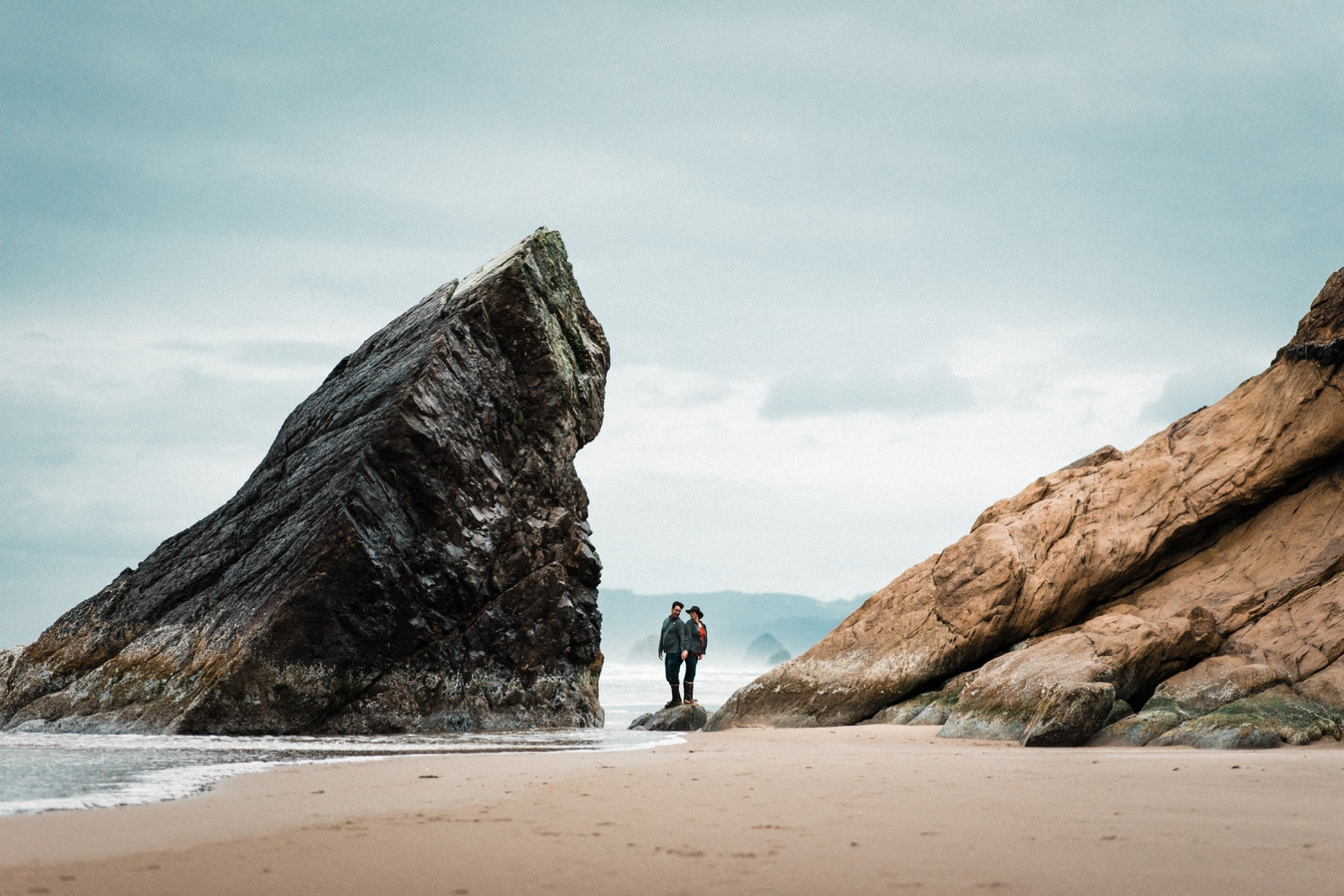 Hug_Point_Engagement_Oregon_Coast_The_Foxes_Photography_079.jpg