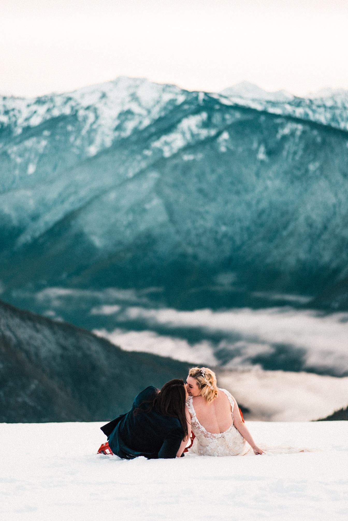 Hurricane Ridge Snow Elopement