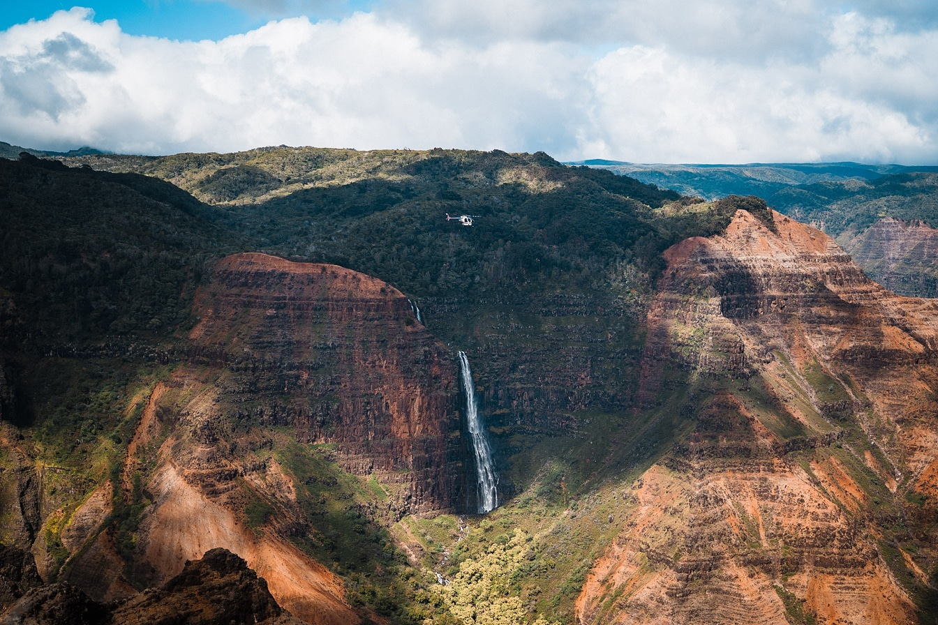 Kauai Helicopter tour in waimea canyon
