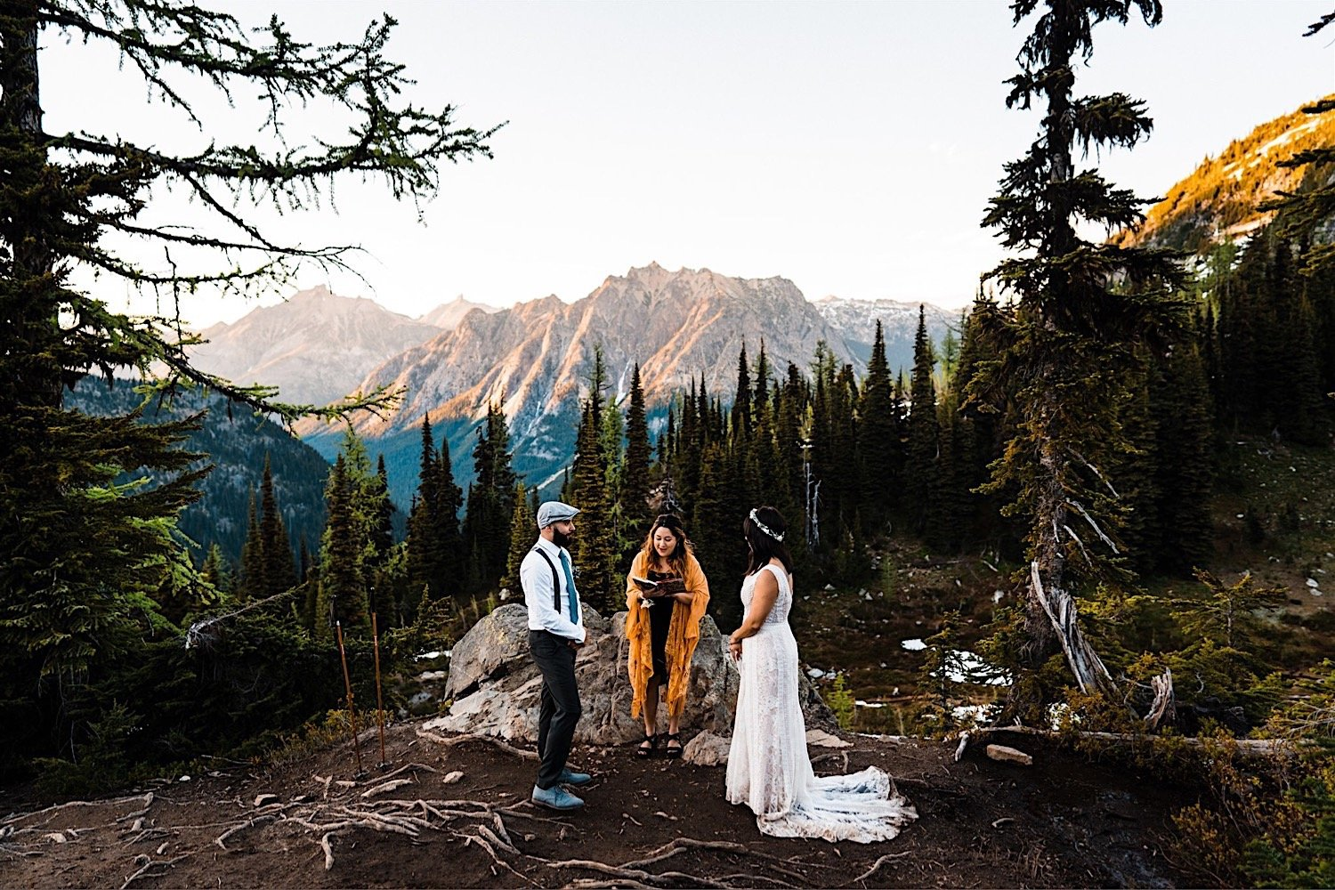 Hiking Elopement in the North Cascades