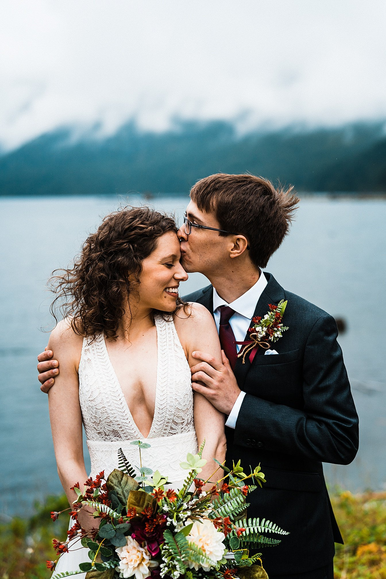 lake-cushman-elopement_0016.jpg