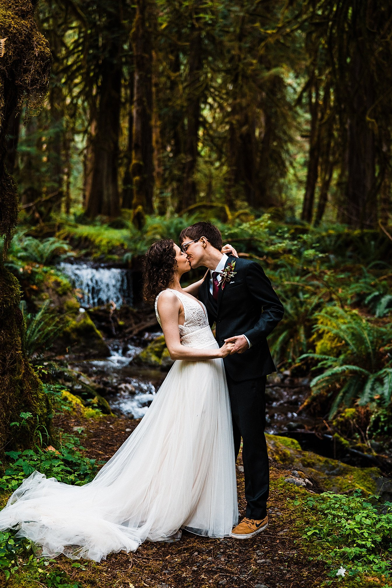 lake-cushman-elopement_0018.jpg
