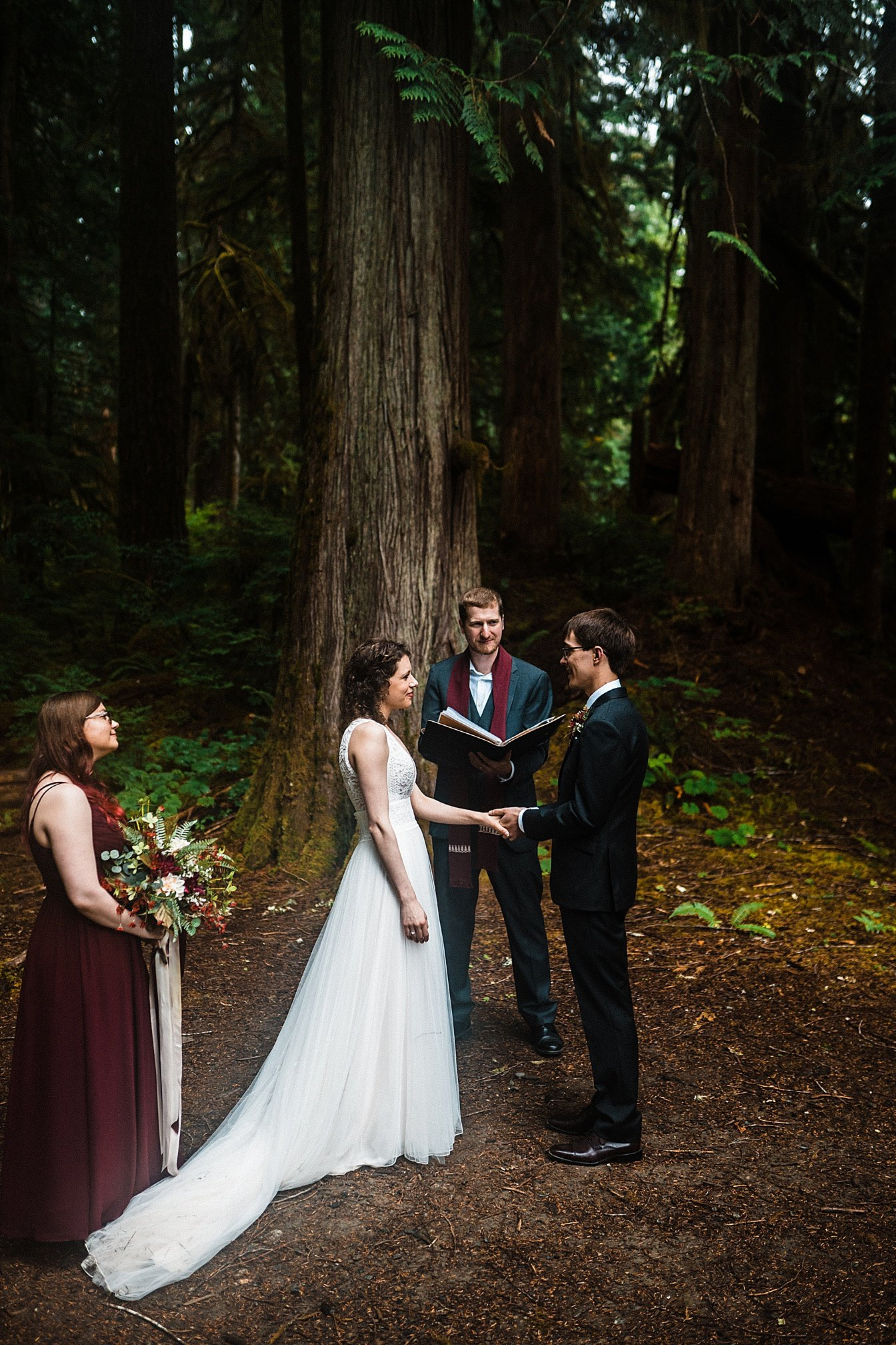 lake-cushman-elopement_0024.jpg