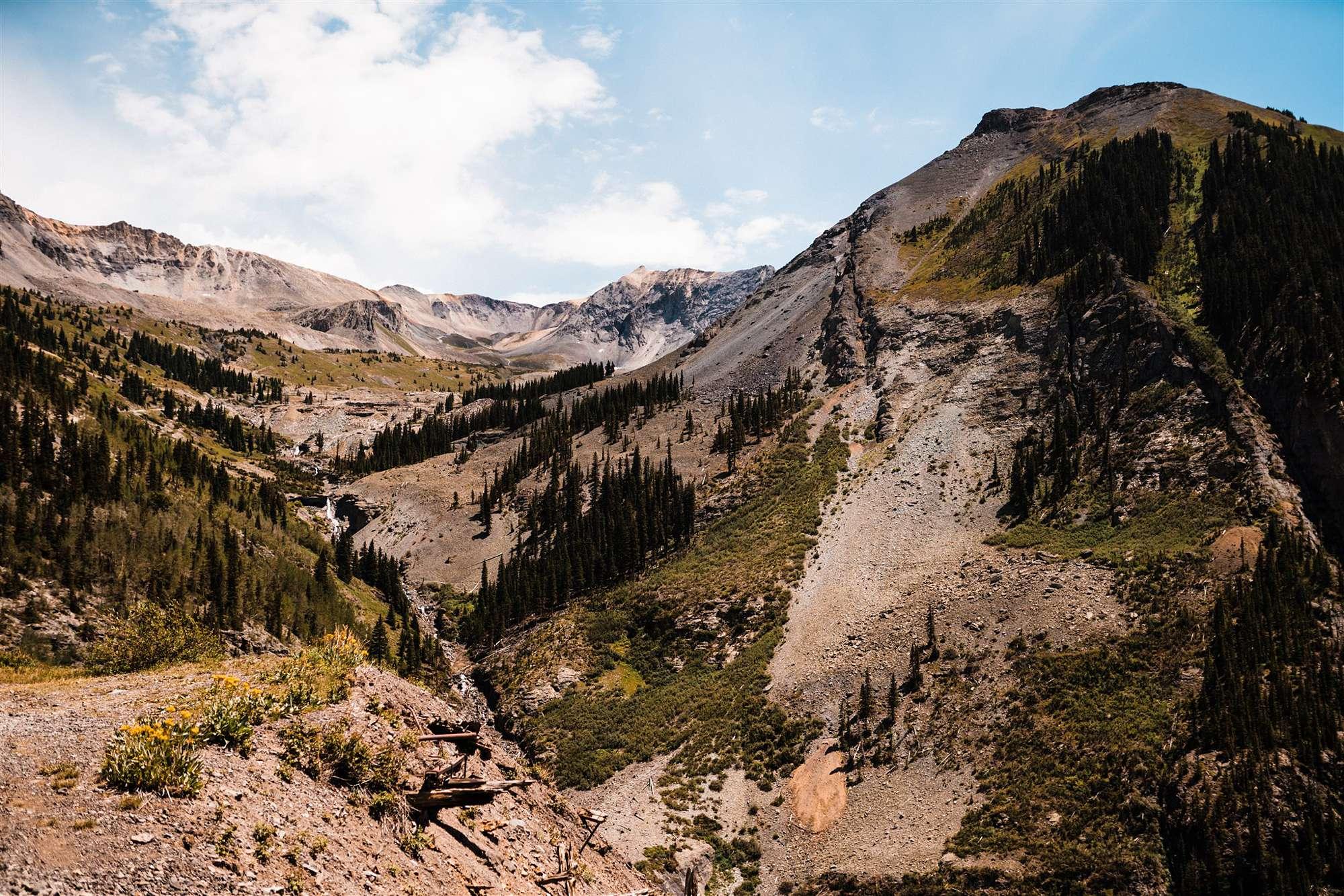 Colorado_Jeeping_Elopement_Emily_Matt_The_Foxes_Photography_0004.jpg