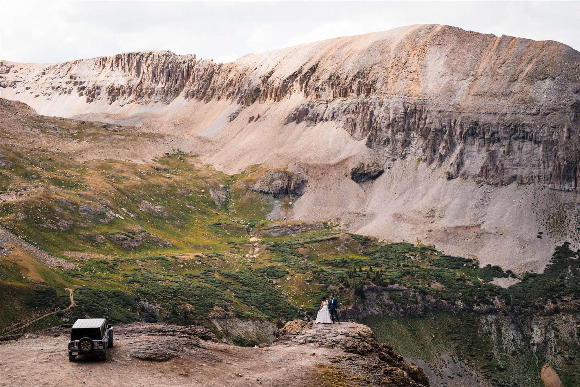 Colorado_Jeeping_Elopement_Emily_Matt_The_Foxes_Photography_0013.jpg