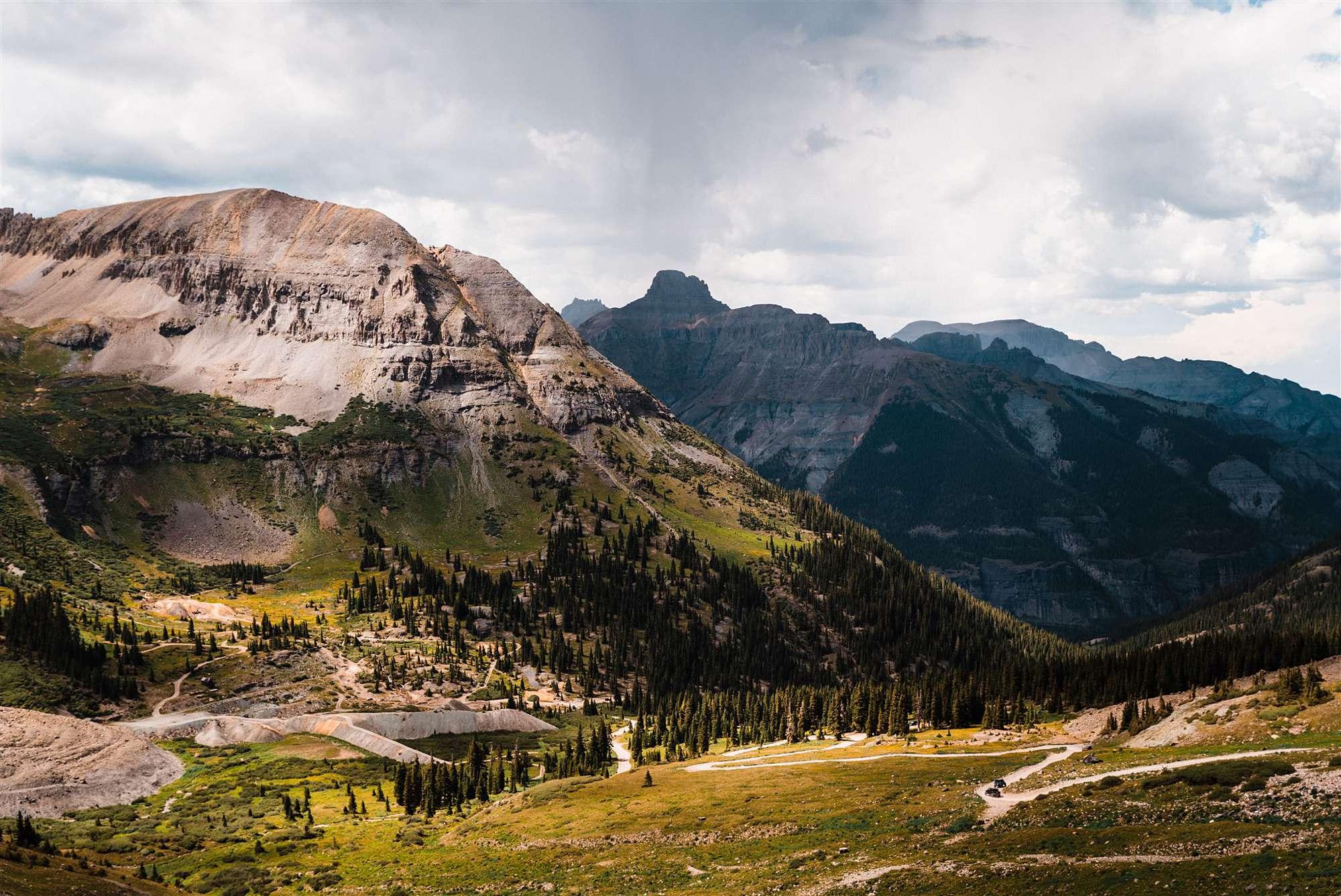 Colorado_Jeeping_Elopement_Emily_Matt_The_Foxes_Photography_0014.jpg