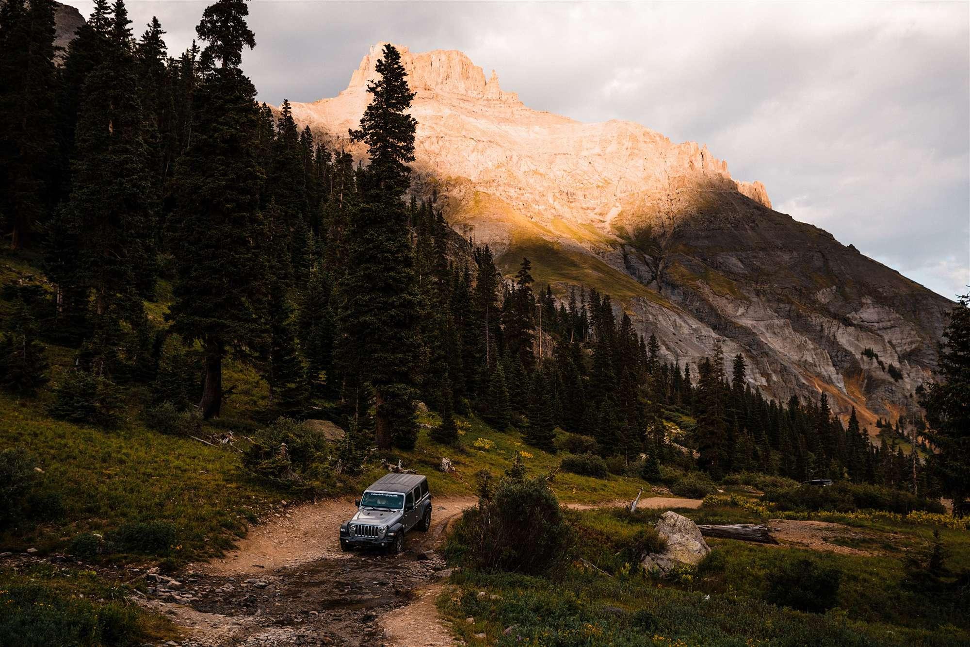 Colorado_Jeeping_Elopement_Emily_Matt_The_Foxes_Photography_0041.jpg