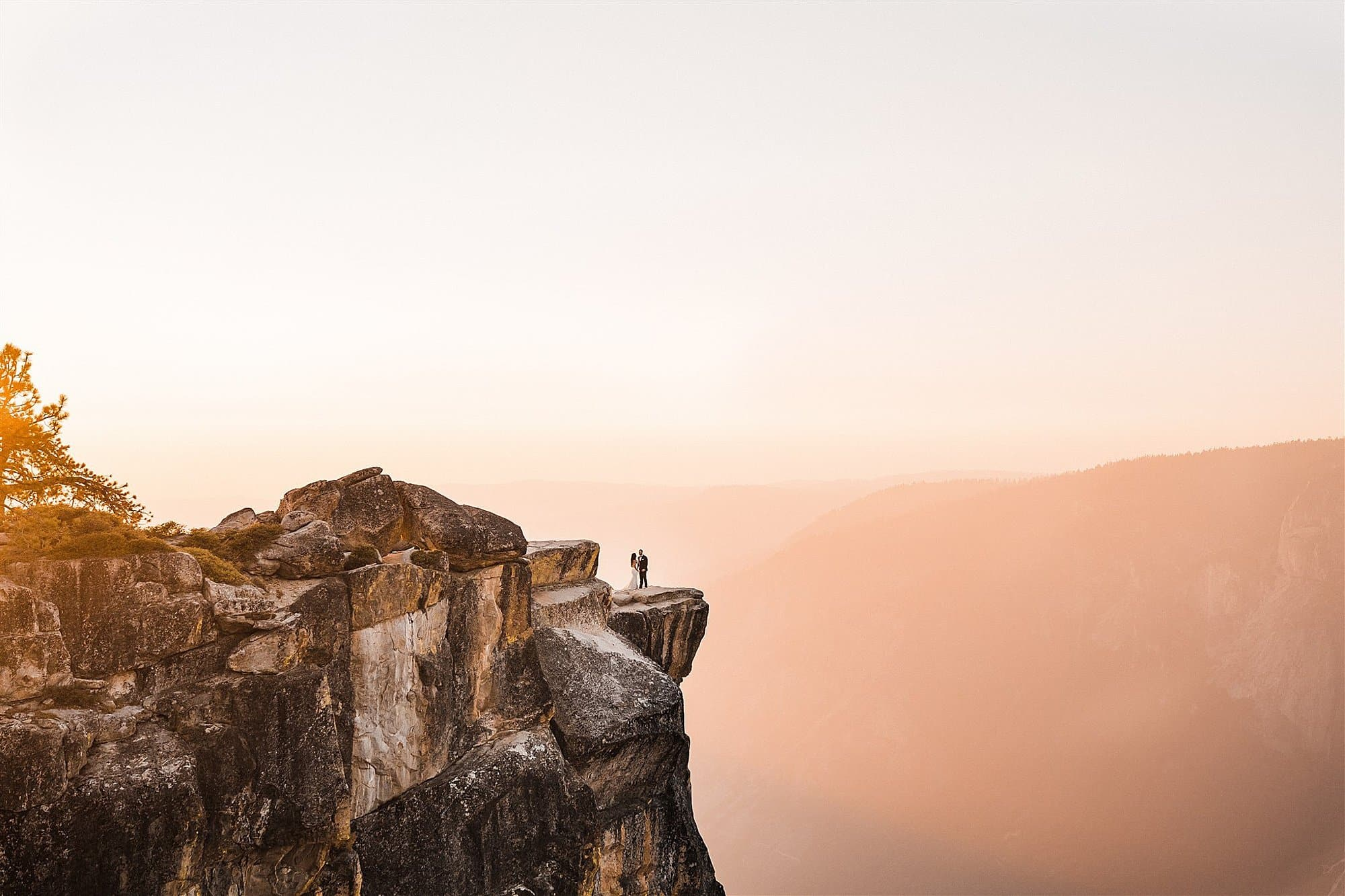 Taft_Point_Elopement_The_Foxes_Photography_0014.jpg