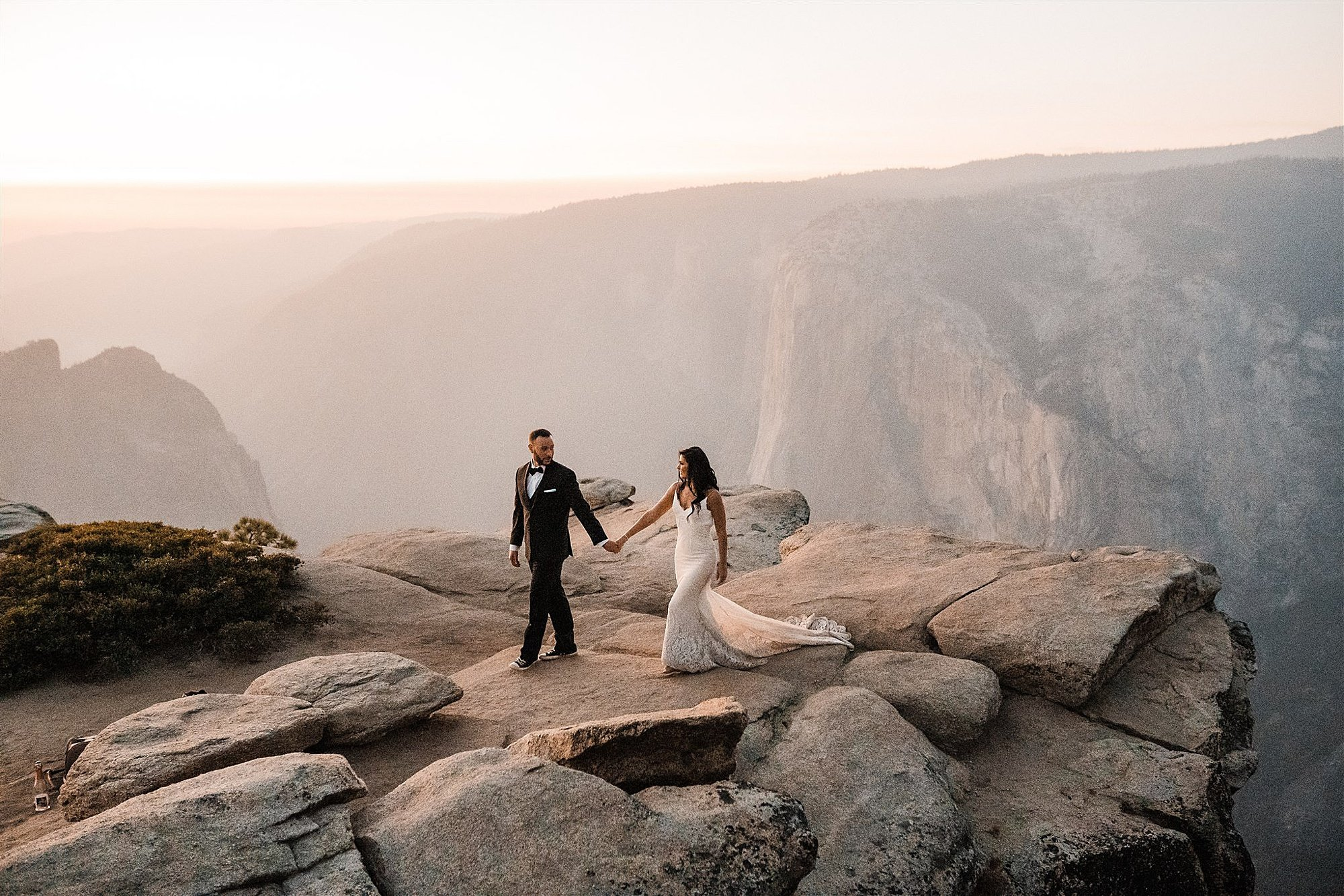 Taft_Point_Elopement_The_Foxes_Photography_0022.jpg