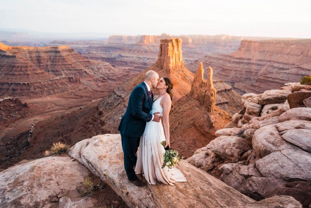 Abby_Alex_Elopement_Teasers_The_Foxes_Photography_16