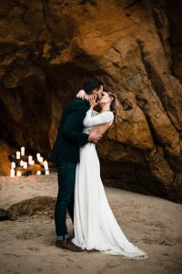 Cape_Kiwanda_Airstream_Elopement_The_Foxes_Photography_10