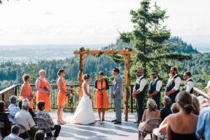 pnw mountain wedding ceremondy the foxes photography