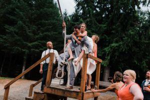 pnw mountain wedding bridal party photos