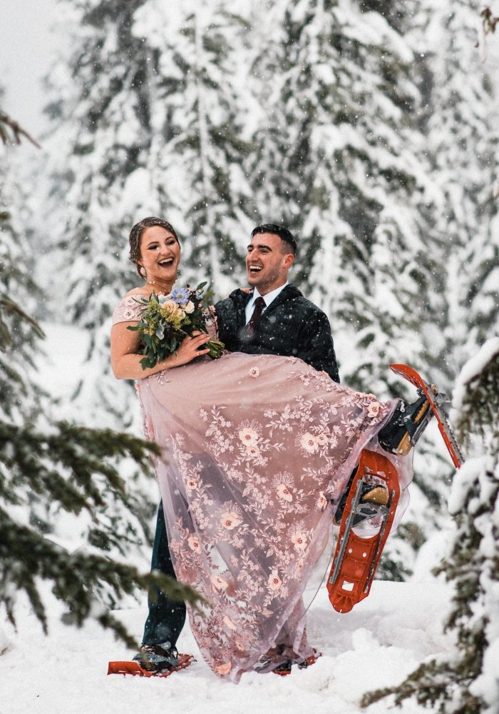 Kelley_Colton_Snowy_Washington_Elopement_The_Foxes_Photography_275.jpg